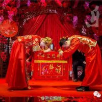 组图:中国小伙娶回乌克